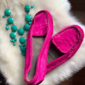 BEAUTIFUL FUCHSIA LOAFERS